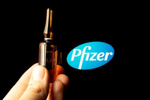 Indulhatnak a perek a Pfizer ellen