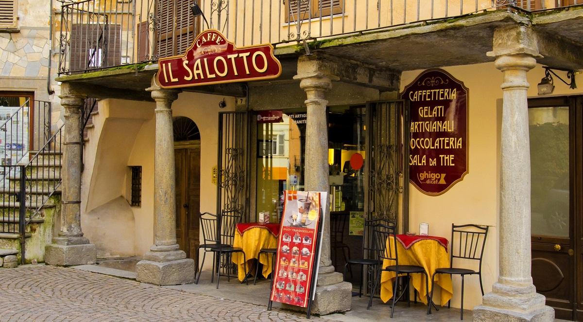 Olaszországban a szabályok ellenére nyitva tart több étterem!