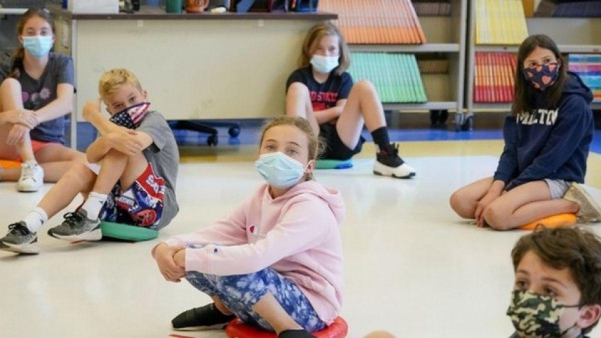 Szülők egy csoportja elküldte a gyerekeik arcmaszkjait egy laboratóriumba elemzésre. Ezt találták
