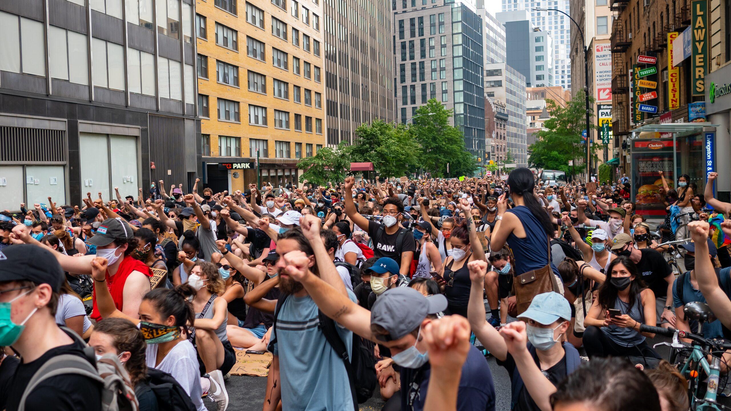 LONDON: Milliós tömeg vonult az utcára